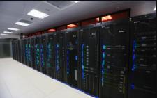 托管主机是什么意思?服务器主机托管与非托管VPS主机区别